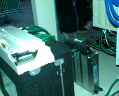 智能伺服电源应用于智能卡设备:全自动整版模切机